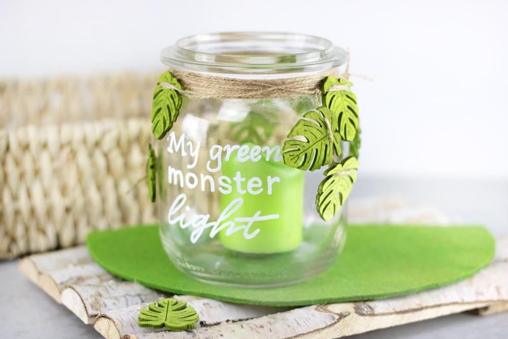 Monstera-Windlicht für deine Terrasse