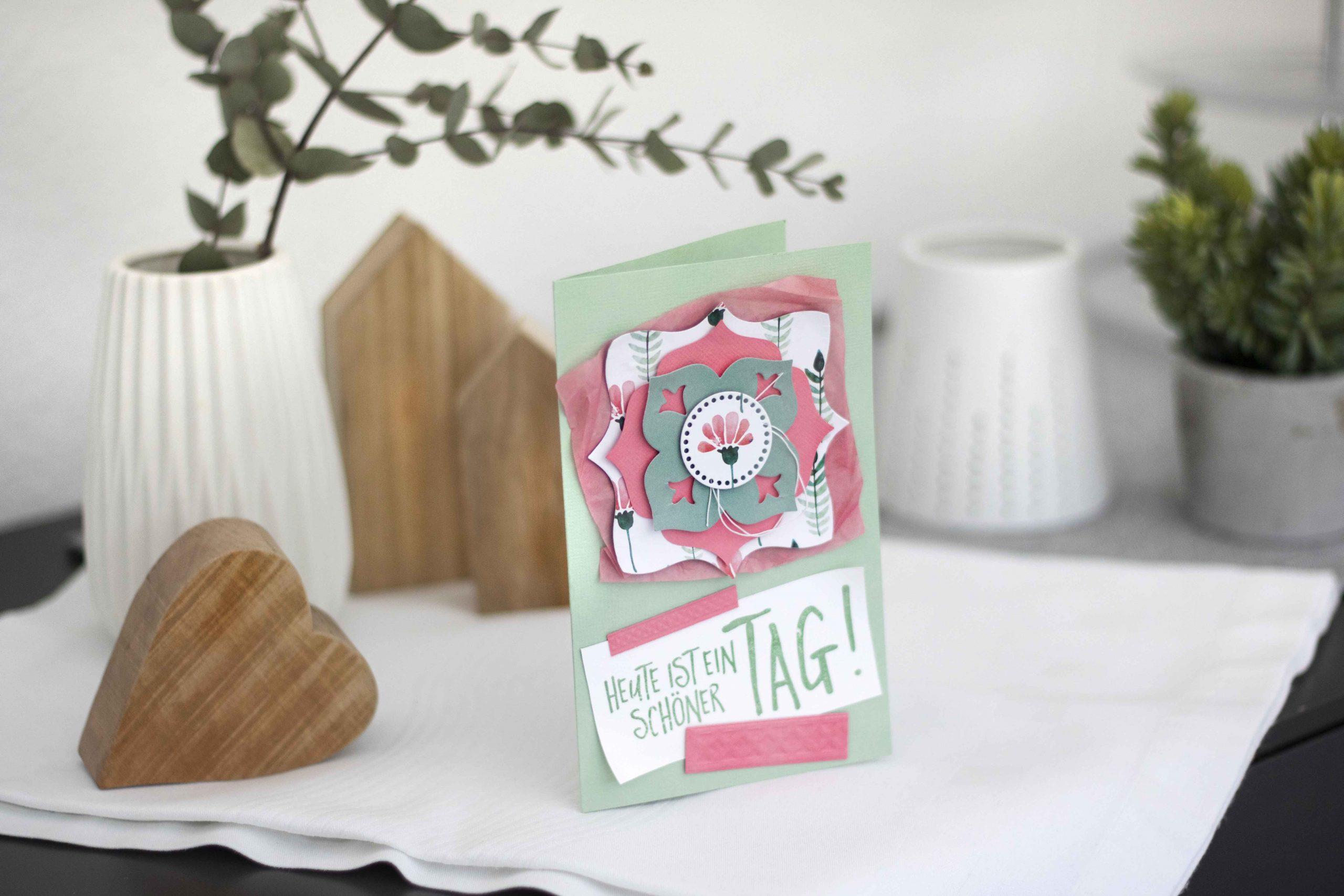 Blütenkarte mit Layering