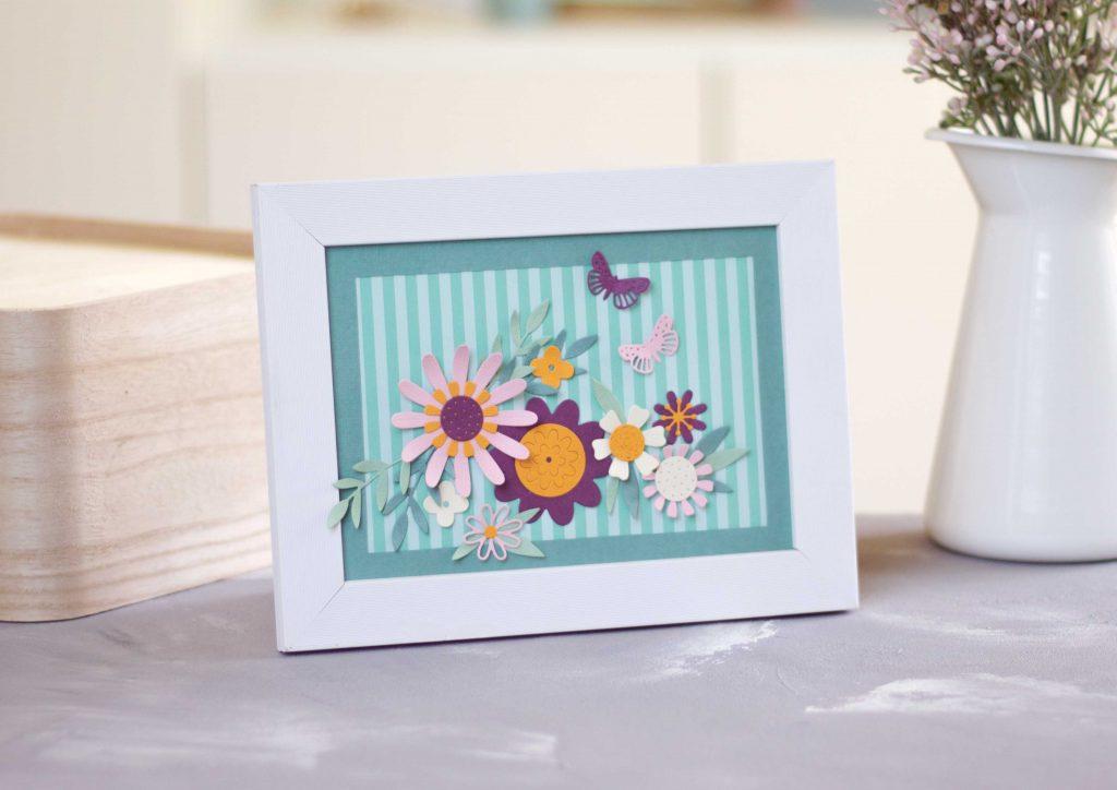 Bold Flora Stanzenset Sizzix Sommerblüten im Rahmen