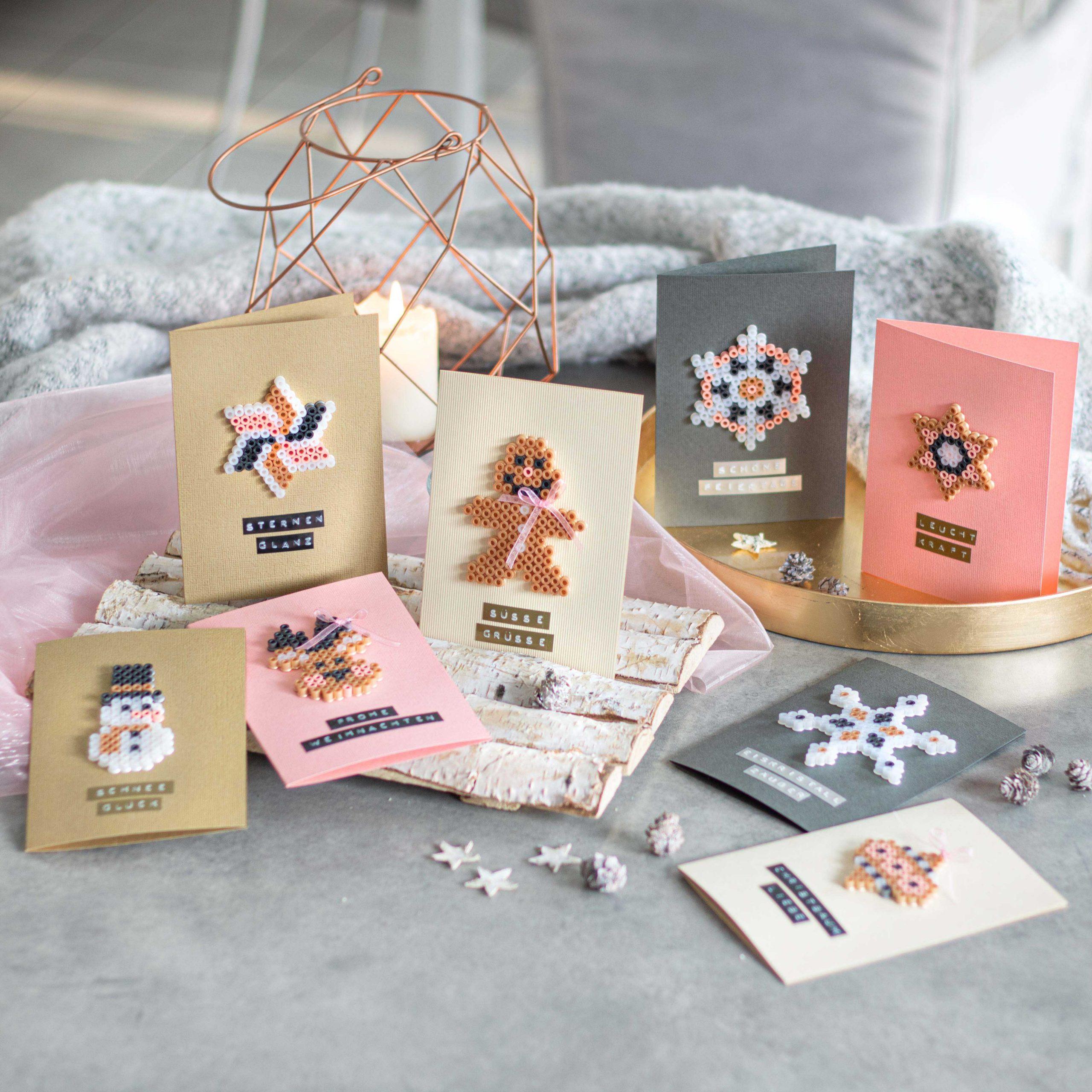Weihnachtskarten mit Bügelperlen-Motive